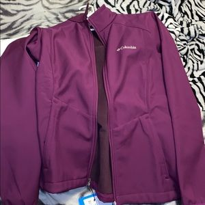 COPY - PURPLE WOMENS COLUMBIA ZIP UP JACKET